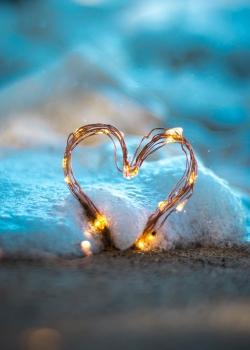 浪漫情人节图片素材高清爱心图片